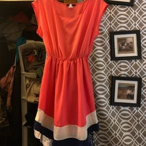 Dresses & Skirts - Cute vintage dress.